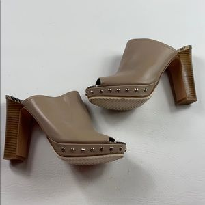 Like new Donald J. Pliner tan platform stud mule